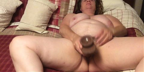 BBW mom with hairy pussy post shower mastrubating