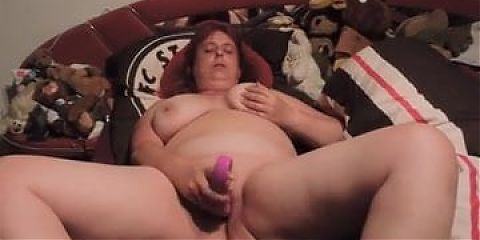 mature wife masturbating to orgasm
